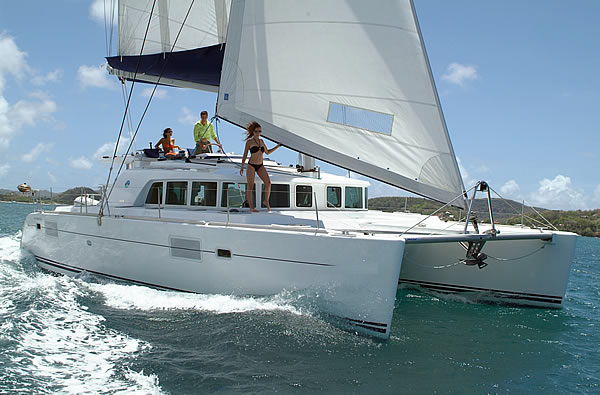 Cat. Lagoon 440